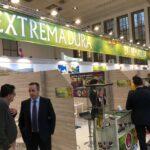 Extremadura rechaza la propuesta del Gobierno central de limitar la financiación para las nuevas plantaciones de frutales en la región