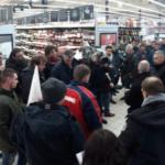 """""""Los miércoles de negociaciones comerciales"""", así protestan los agricultores franceses contra la distribución"""