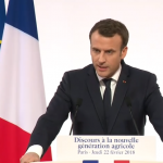 Macron recibe a 1.000 jóvenes agricultores y les anuncia un plan de ayudas