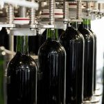 Castilla-La Mancha impulsará el embotellado en las bodegas mediante una nueva línea de reestructuración del viñedo