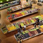 Culpan a la gran distribución del bajo precio de la fruta de verano
